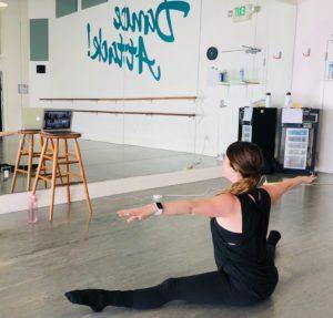 Teacher Brooke leads Virtual Class Warmup
